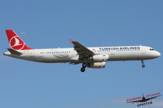 Turkish Airlines | TC-JRR