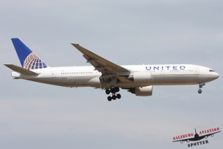 United Airlines | N773UA
