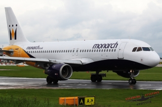 Monarch Airlines | G-OZBB