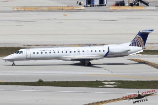 United Express (ExpressJet Airlines) | N11193