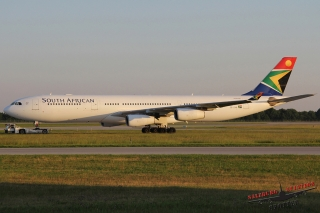 South African Airways | ZS-SXB