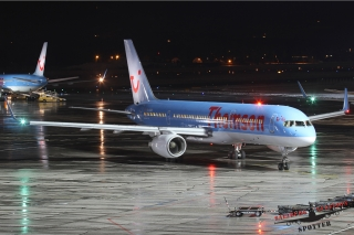 Thomson Airways | G-OOBB