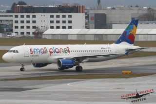 Small Planet Airlines | LY-SPG